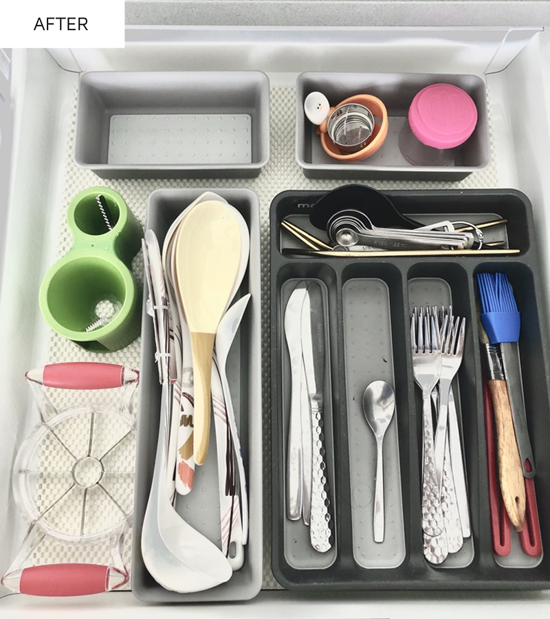 Clean and organized kitchen drawer.